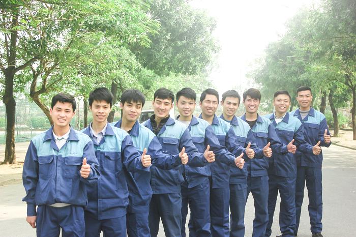 Đội ngũ kỹ thuật viên luôn sẵn sàng