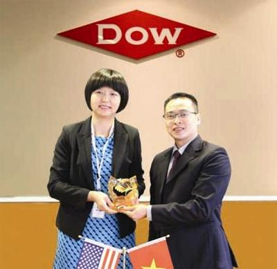 Karofi Việt Nam ký hợp tác đồng phát triển thương hiệu với DOW
