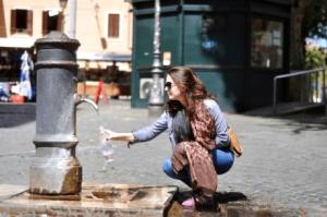 Nước qua máy lọc nước Karofi không uống được trực tiếp