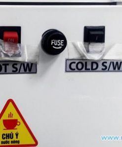 Công tắc nóng lạnh riêng biệt