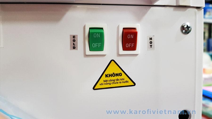 Công tắc nóng lạnh riêng biệt giúp bạn tiết kiệm điện khi không có nhu cầu nước Nóng hoặc Lạnh. Phù hợp cả theo mùa
