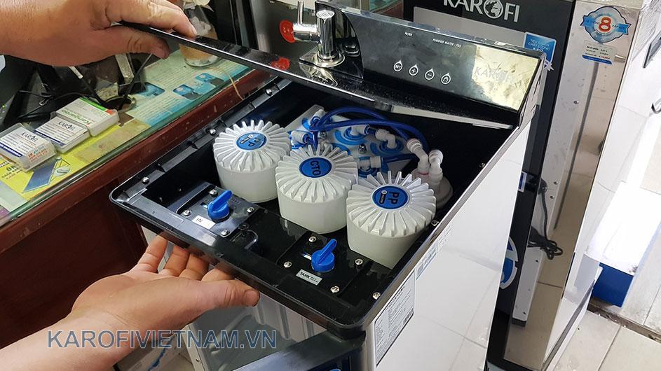 Cách mở nắp thay thế lõi của máy lọc nước O-p1310
