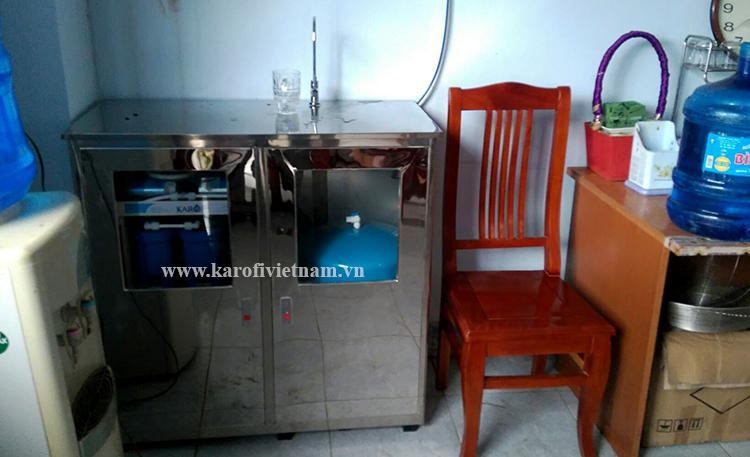 Máy lọc nước bán công nghiệp Karofi 50 lít/h - KB50 có tủ